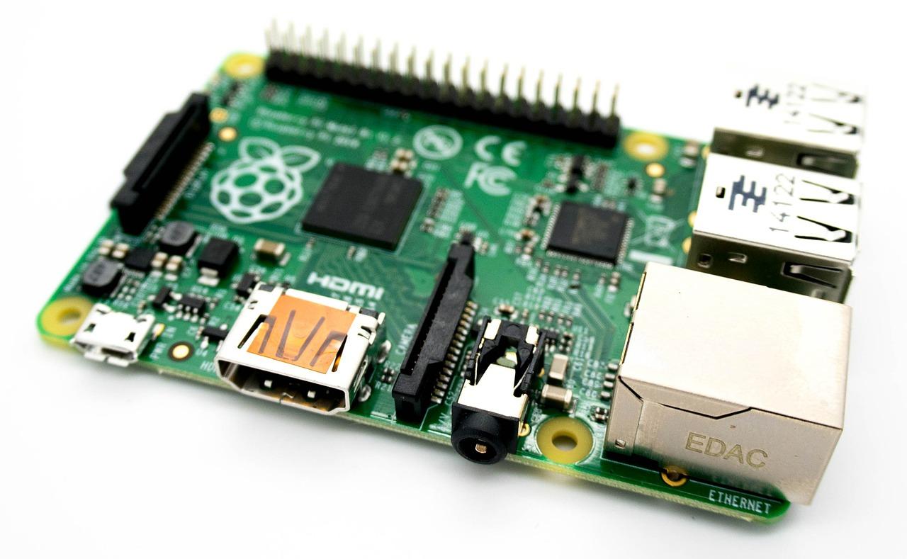 Raspberry Pi Computer Electronics  - kevinpartner / Pixabay